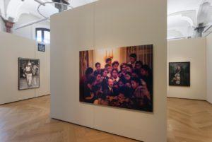 Mwangi Hutter, If, 2003,; Moritz Stumm, Terror Worldwide, 2013; Michael Endlicher, Dramenblech 103, 2004 – 2005; Martin Eder, Reinigung, 2010,; Foto©Marcus Schneider