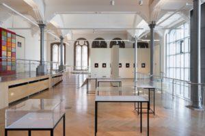 Claudia Schink, Avignon, 1998, Cöln, 1999, Cluny, 1999, Constantinopel, 1999, Rom, 1996; Junko Wade; 48 von 100 Gedichten, 2016; Foto ©Marcus Schneider