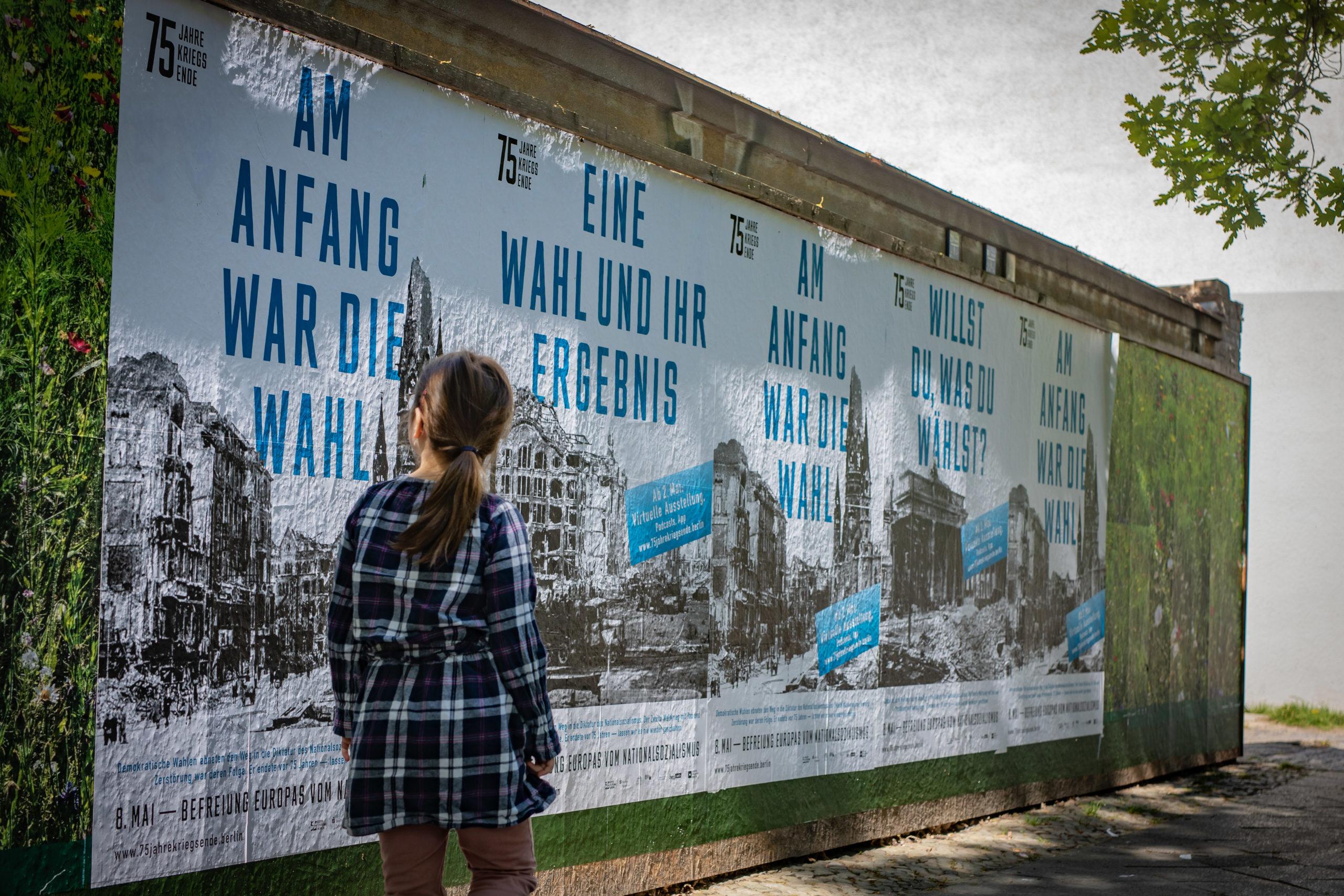 Kampagne 75 Jahre Kriegsende 2_∏ Kulturprojekte Berlin, Foto Christian Kielmann